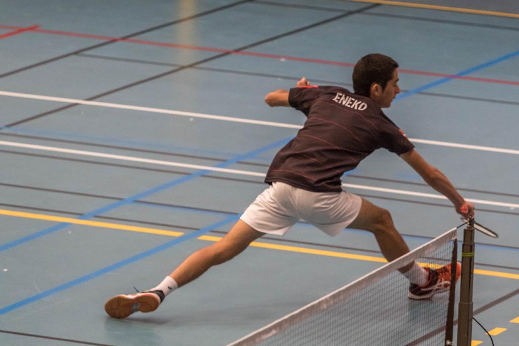 30042017-badminton eneko 6